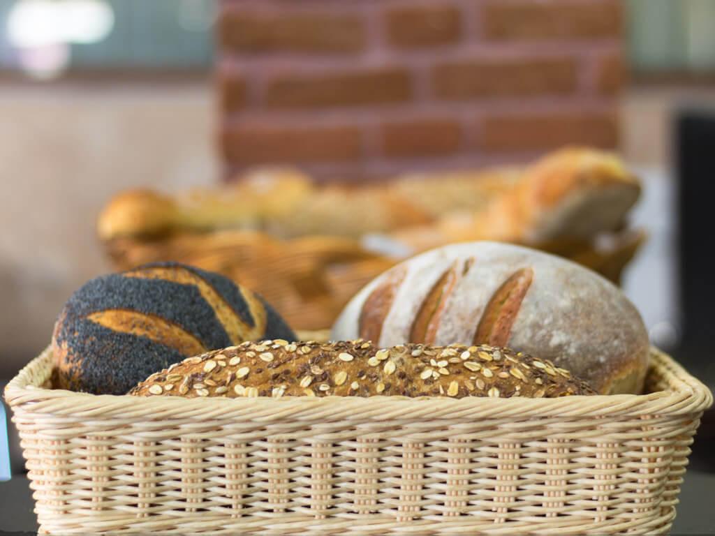 Φρέσκα Ψωμιά