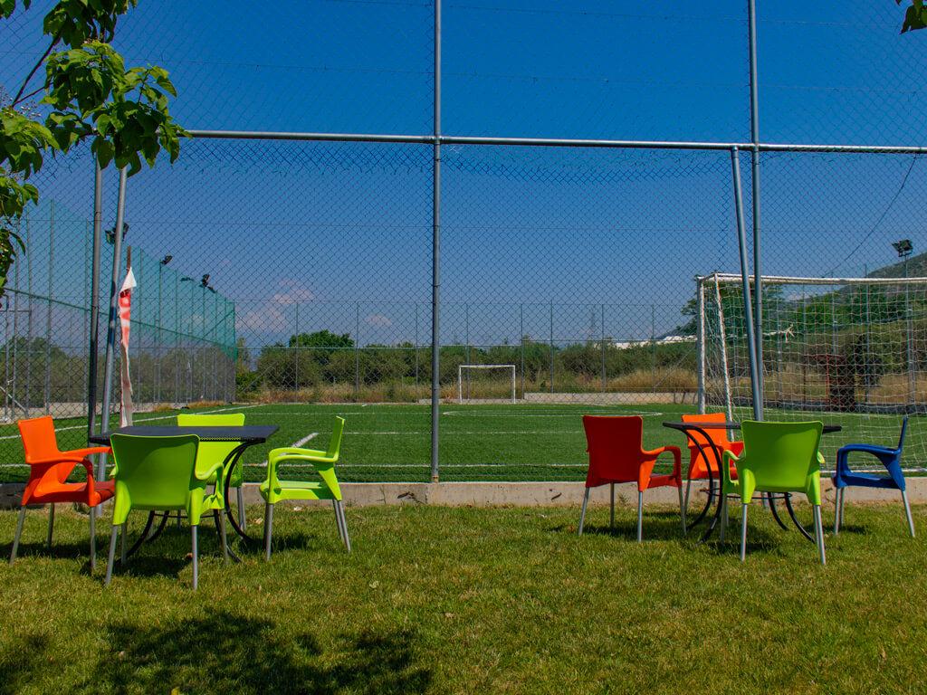 Γήπεδο - Καρέκλες