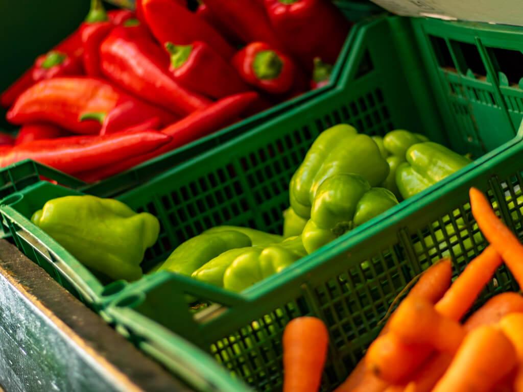 Πιπεριές - Καρότα